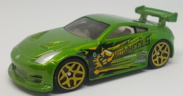 Nissan 350z model cars 7908c8bc 39b9 49c4 9f95 50e31f8785f7 medium