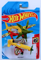 Mad Propz | Model Aircraft | HW 2018 - Collector # NONE - HW Daredevils 4/5 - Mad Propz - Red & Yellow - International Long Card
