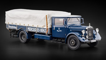 Mercedes-Benz Racing Car Transporter  | Model Trucks