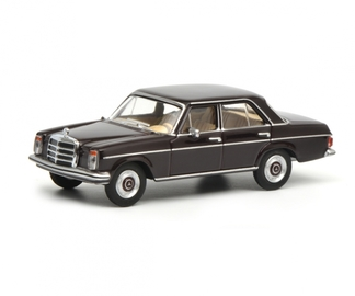 Mercedes-Benz 200D | Model Cars