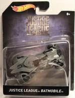 Justice League Batmobile / 2017 Hot Wheels 1:50 Scale  | Model Cars | 2017 Hot Wheels Justice League Batmobile (1:50)