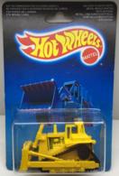 Cat bulldozer model construction equipment c5eb9454 00eb 4890 933d 936e25389ad7 medium