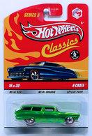 8 Crate   Model Cars   HW 2009 - Classics Series 5 # 16/30 - 8 Crate - Spectraflame Green - Redline 5 Spokes