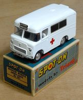 Wadham Morris Ambulance | Model Trucks | photo by Robin R
