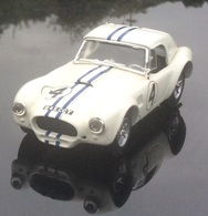 Ac shelby cobra   le mans 1963 model racing cars e07e0b59 95dc 4966 a5cc e6e3251a8ebd medium