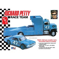 Richard Petty Race Team | Model Vehicle Sets
