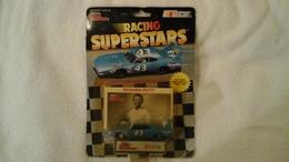 43 richard petty superbird model cars 5c9dd4bd 037a 4864 8c7d 3799e8c6b6c0 medium