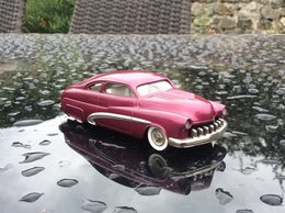 1949 Mercury Custom | Model Cars | photo: Paul Friend