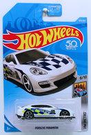 Porsche panamera model cars 81a01f71 9e4c 4b80 8c75 f1ff2f0bf90e medium