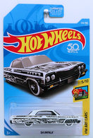 %252764 impala model cars a508b6af 3ba7 4760 97a9 d57c9c6467a6 medium