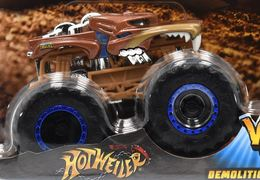 Hotweiler | Model Trucks | Hot Wheels Monster Trucks Hotweiler