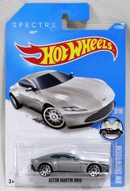 Aston Martin DB10 | Model Cars