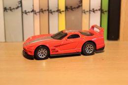 Matchbox dodge viper gts r concept 2000 model cars f57bd7ce 169c 476f af47 2be7d17e24e4 medium