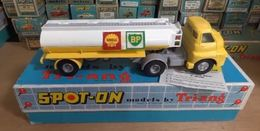Bedford 10 tonner with 2000 gallon tanker shell bp model trucks f3121885 7b1a 4d72 9dae 2769f93f05c3 medium
