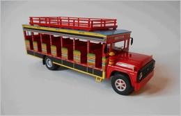 1990 ford f600 %25e2%2580%259cchiva%25e2%2580%259d model buses 4d1cbf0f 02d8 4d2c 997f ca346ac12f15 medium