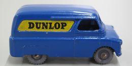 Bedford dunlop van model trucks 7a6ecac4 7777 4d6d 8271 6c7e9b2927a9 medium