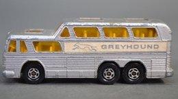 Greyhound Coach | Model Buses