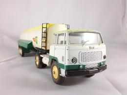 Unic esterel bp tanker model trucks fc6887db 8f41 4929 8bdf b7e478e77e5a medium