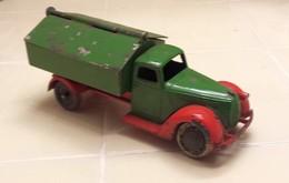 Ford v8 garbage truck model trucks 72a83c68 caeb 4501 bc3f 46ff7eab83e1 medium