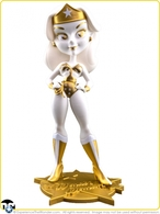 Lynda carter as wonder woman%253a golden goddess vinyl art toys da60d9e5 20b5 4e63 ad9c 26c8c2facb4d medium
