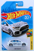 Ford Focus RS | Model Cars | HW 2018 - KMart Exclusive - HW Sports 6/10 - Chevy Blazer 4x4 - Brown - USA 50th Card