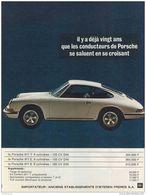 Il Y A Déjà Vingt Ans Que Les Conducteurs De Porsche Se Saluent En Se Croisant | Print Ads