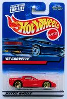 '97 Corvette    | Model Cars | HW 2000 - Collector #188 - '97 Corvette - Red - USA 'Square' Card