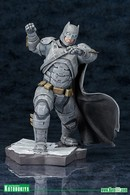 Batman statues and busts 716743a0 f023 4da9 89e9 c8f0de3fe436 medium