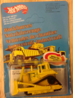 CAT Bulldozer | Model Construction Equipment