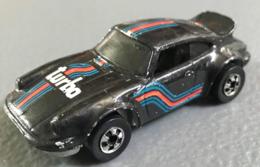 P 911 model cars f02977f4 ecd7 4ee5 9992 5302dfe49e54 medium