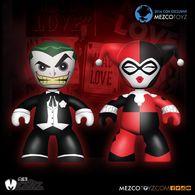 Mad love   joker and harley quinn vinyl art toys 9009949e 3ca0 4154 847b 2c98c631422d medium