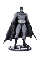 Batman by jim lee statues and busts fd102517 5dde 4852 9958 cde42835926e medium