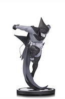 Batman by sean murphy statues and busts 992b3f49 dc39 49c6 a384 5bf98851703f medium