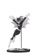 Batgirl by bruce timm statues and busts e4b66872 3d01 4ce9 bf79 bcec16412e55 medium