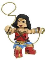 Wonder woman vinyl figure action figures e70a8790 65fd 4e5d b4b4 0d3a7f0238b6 medium