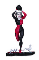 Harley quinn by frank cho statues and busts 7befb1ff d8cb 47ad a07e 2bea89c928f1 medium