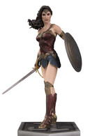Wonder woman statues and busts feeb5f4f 44cd 41e9 94a8 726fd3fb78bd medium
