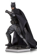Tactical suit batman statues and busts 4bfc2e68 2dbf 4324 8ad3 69dc55d4babe medium