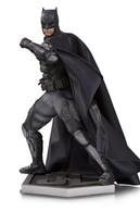 Tactical Suit Batman | Statues & Busts