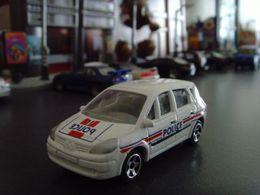 Majorette renault scenic ii model cars 2aad0b84 3b41 486d a0f5 eb9e271c85c7 medium