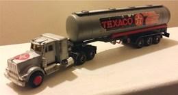 Kenworth Articulated Tanker | Model Vehicle Sets