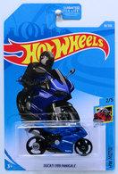 Ducati 1199 panigale model motorcycles 7f2b30c1 e4ca 43c9 9dbc a99f3c4790c1 medium