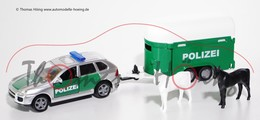 Porsche Cayenne Turbo With Police Horse Box Trailer  | Model Vehicle Sets