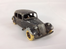 Citro%25c3%25abn traction avant 11 bl model cars 4e2733c1 5a88 4368 bc5e bb0ba86a9443 medium