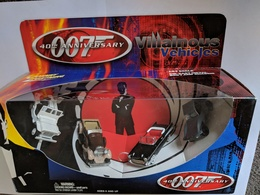 James Bond Villainous Vehicles | Model Vehicle Sets