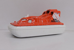 Amphi Flyer | Model Ships and Other Watercraft