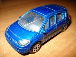 Majorette serie 200 renault scenic model cars a19ac902 9ec7 4384 a56b 3bd5c134cdd2 medium