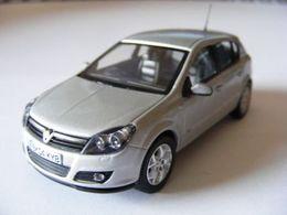 Vanguards 1%253a43 scale vauxhall %252704%2527 mk 5 astra 1.4i hatchback model cars 686df473 e05c 4fb0 8d8b d415289d32fa medium