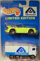 Porsche targa model cars a976b69d 7be4 49c4 afc8 7bdc9c885ad6 medium