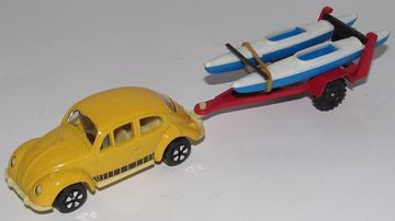 Volkswagen Beetle with Kayak Trailer | Model Cars